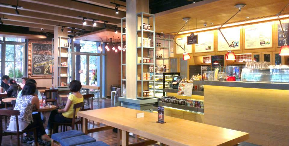 kinh-doanh-cafe-cuoc-chien-cua-he-thong-chuoi-noi-va-ngoai 1