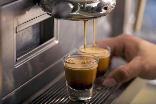 Máy mastrena chất lượng cao tạo ra những giọt café độc nhất vô nhị