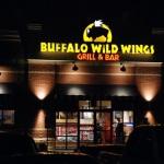 Ý tưởng quầy bar mang phong cách thể thao của Buffalo Wild Wings
