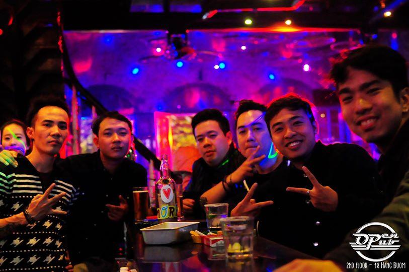 open pub 7