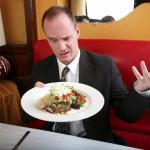 12 kiểu khách hàng mà bạn phải đối mặt trong nhà hàng (Phần 1)