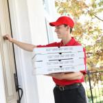 Làm thế nào để bắt đầu chiến dịch kinh doanh pizza với dịch vụ giao tận nhà?