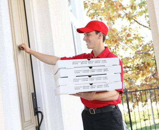 pizza-giao-tan-nha